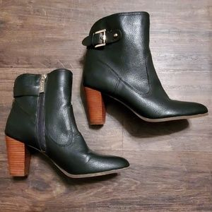 Tommy Hilfigure Booties